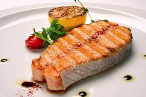 Стейк лосося барбекю и другие блюда решетка для барбекю самара